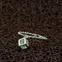 """Кольцо с брелоком """"Кубик"""" (17.3 размер в наличии)"""