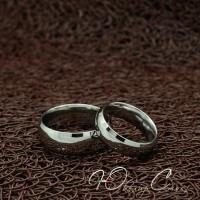 """Парные кольца """"Твое прикосновение"""" [жен. 15.9 16.5 18.2 19.0 муж. 18.2 19.0 20.0 размеры в наличии]"""