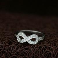 """Кольцо из серебра """"Infinity Small"""" (15.4 16.5 17.3 размеры в наличии)"""