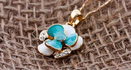 Оптовая продажа ювелирной бижутерии, колье с покрытием золото,цепочки серебро, ожерелья Shamballa, а также бусы с инкрустацией Swarovski Elements Swarovski Crystal